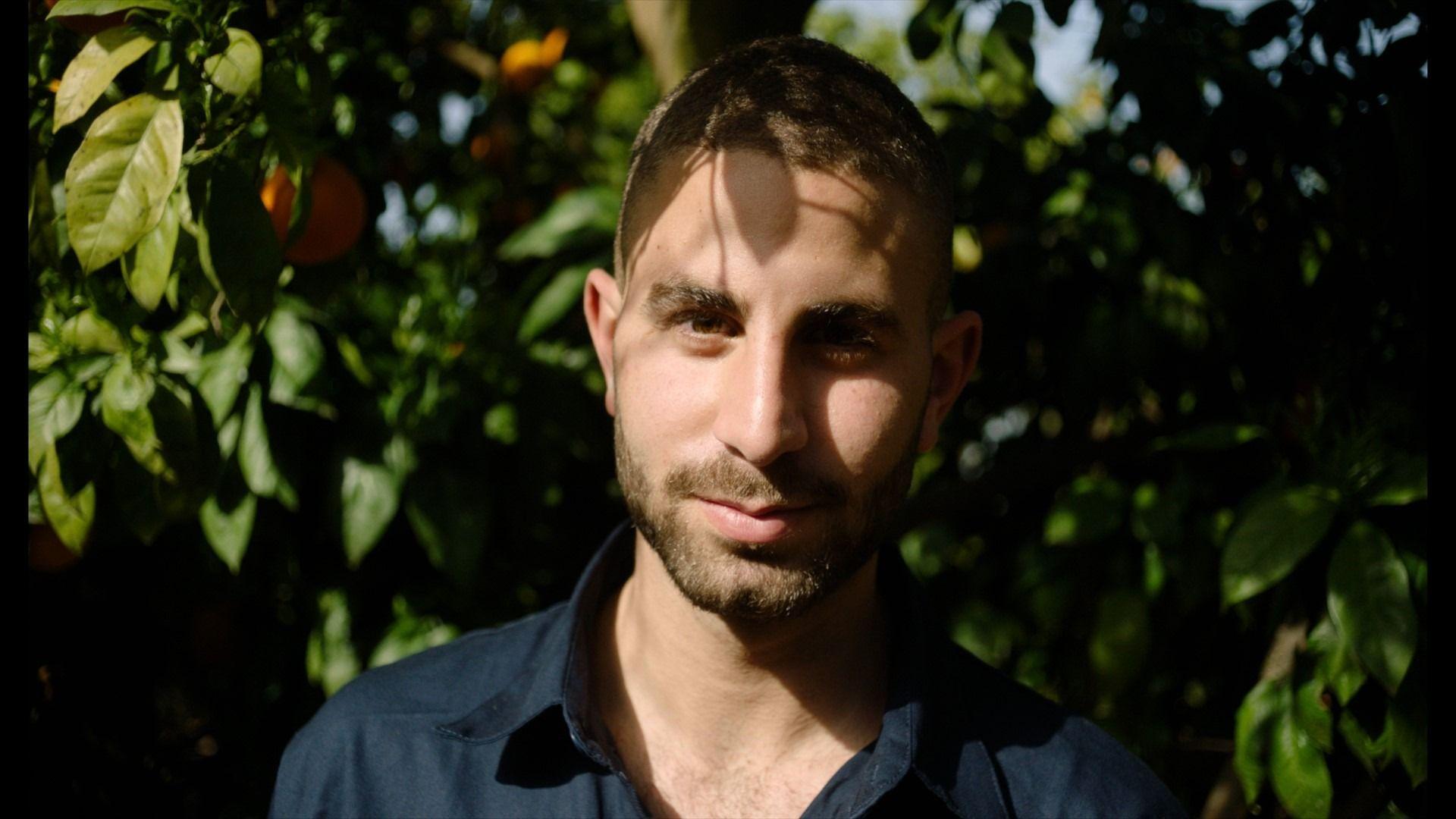 יונתן דיין - פרדסן ומגדל תפוזים